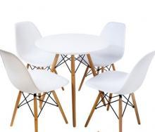 Cho thuê bộ bàn ghế Eames